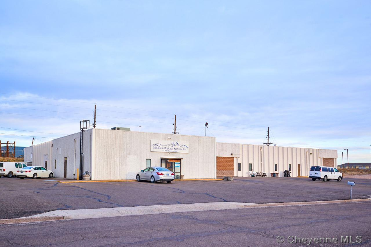 primary photo for 118 EVELYN ST, Cheyenne, WY 82001, US