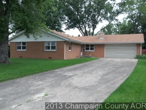 831 Morningside Dr, Rantoul, IL 61866