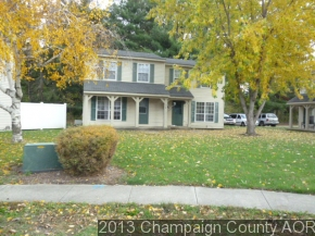 610 English Creek Ct, Champaign, IL 61821