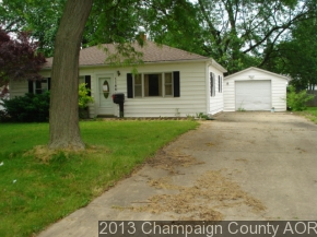 1144 Eastview Dr, Rantoul, IL 61866