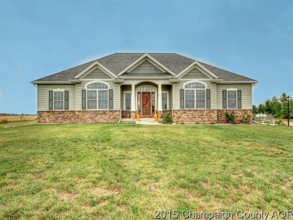 Real Estate for Sale, ListingId: 36192936, Mahomet,IL61853