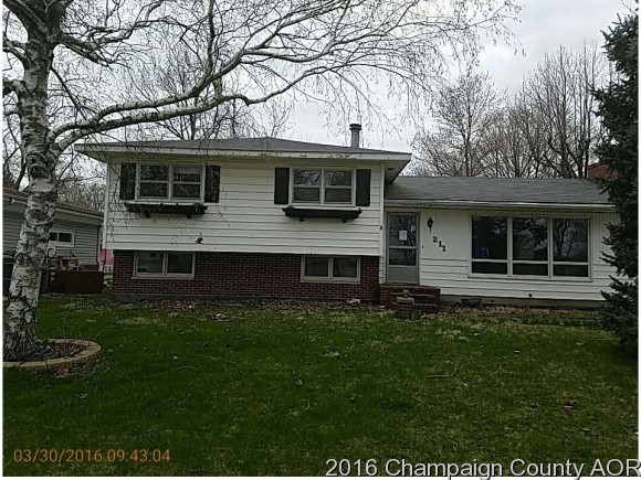 Photo of 211 N KENTUCKY ST  ATWOOD  IL
