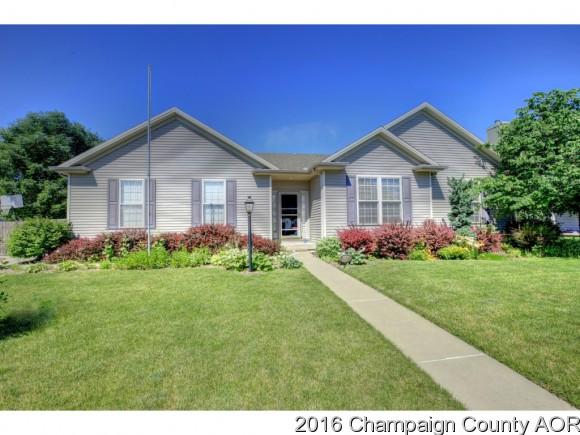 801 Bluegrass Ln, Champaign, IL 61822
