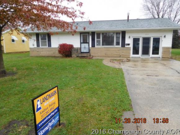 1165 Roselawn Dr, Paxton, IL 60957