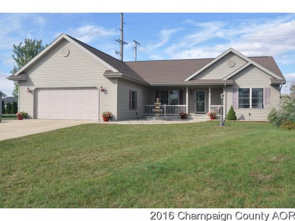 304 Miller Ct, Gibson City, IL 60936