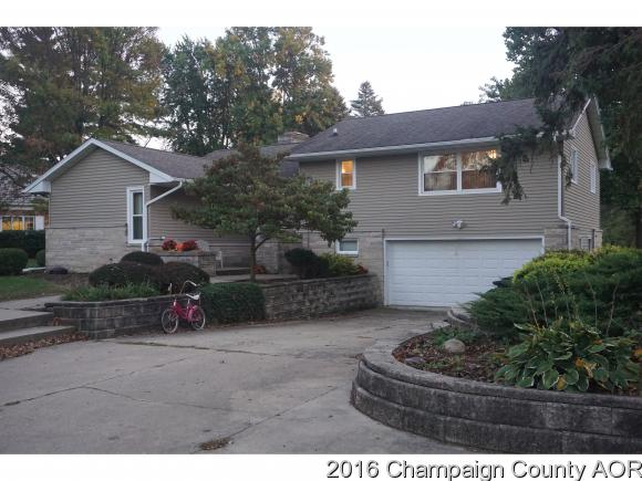 12 Meridian Ter, Paxton, IL 60957