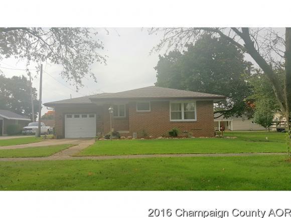 411 E 9th St, Gibson City, IL 60936