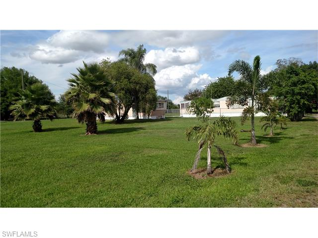 Image of Commercial for Sale near Moore Haven, Florida, in Glades county: 1.23 acres