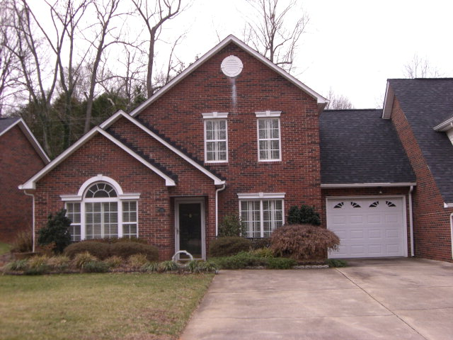 Single Family Home for Sale, ListingId:31615710, location: 170 Columns Circle Shelby 28150