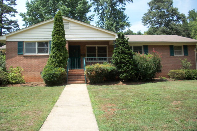 Real Estate for Sale, ListingId:34372139, location: 716 Meadowbrook Rd Kings Mtn 28086