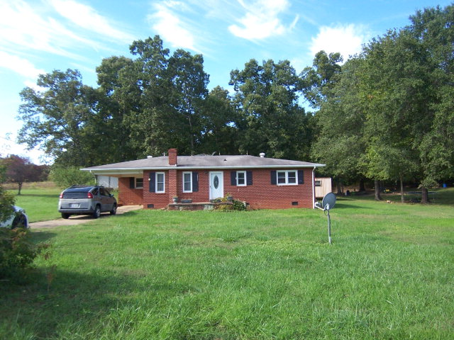 Photo of 2847 Wood Road  Mooresboro  NC