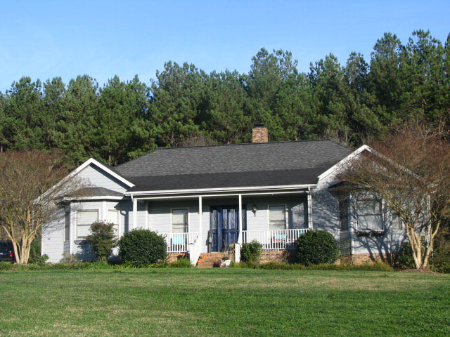 Single Family Home for Sale, ListingId:36268245, location: 108 Cross Creek Dr Cherryville 28021