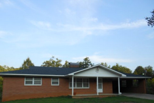 751 Sandy Run Church Rd, Mooresboro, NC 28114