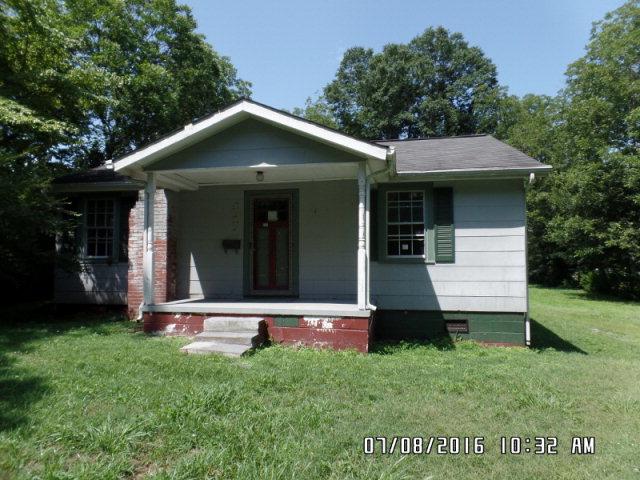 611 Sherrill Ave, Lincolnton, NC 28092