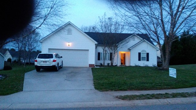 Photo of 310 Linsbury Ct  Gastonia  NC