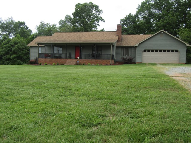 Photo of 1061 Warlick Road  Lawndale  NC