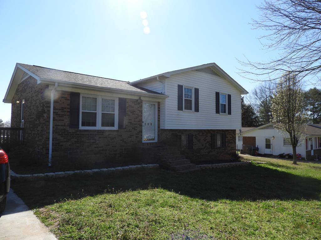 108 Victor Drive Boiling Springs, NC 28152