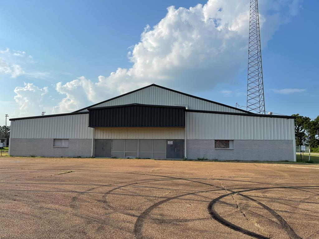 primary photo for 2460 OLD HIGHWAY 64, Crawfordsville, AR 72327, US