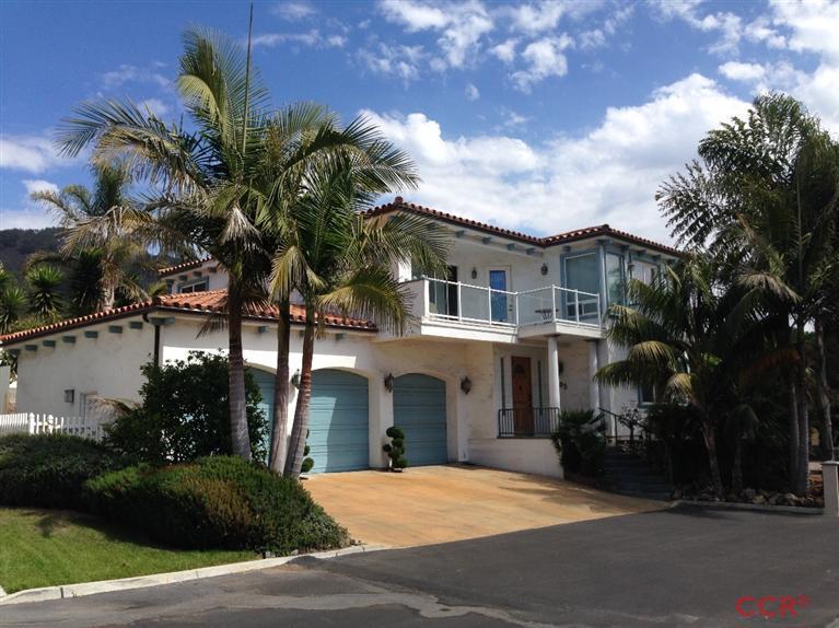 105 N Silver Shoals Dr, Pismo Beach, CA 93449