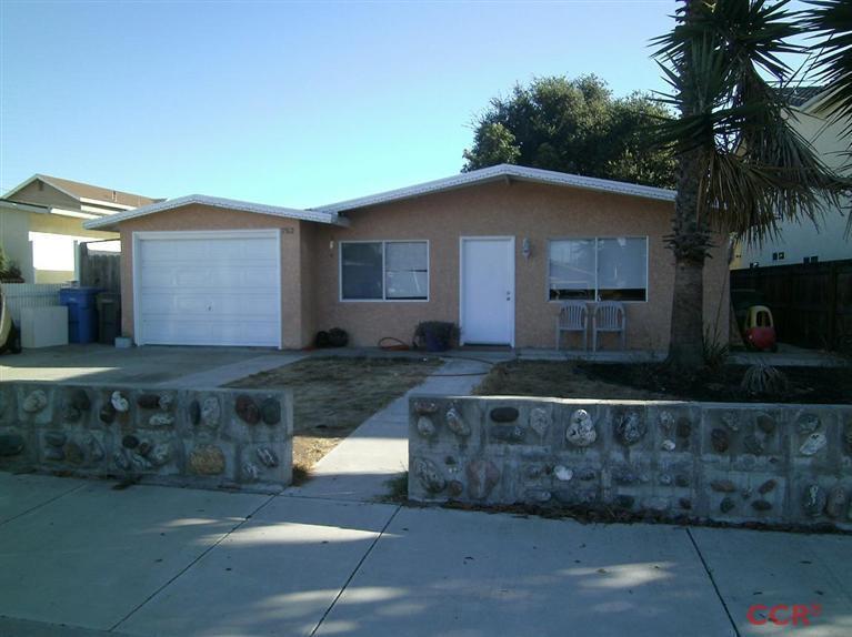 752 Seabright Ave, Grover Beach, CA 93433