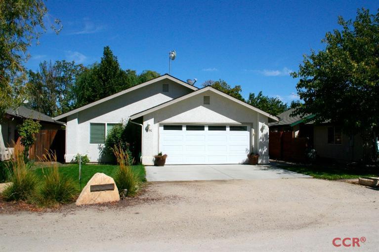 5230 Third St, Creston, CA 93432