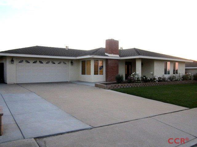 1060 Woodmere Rd, Santa Maria, CA 93455