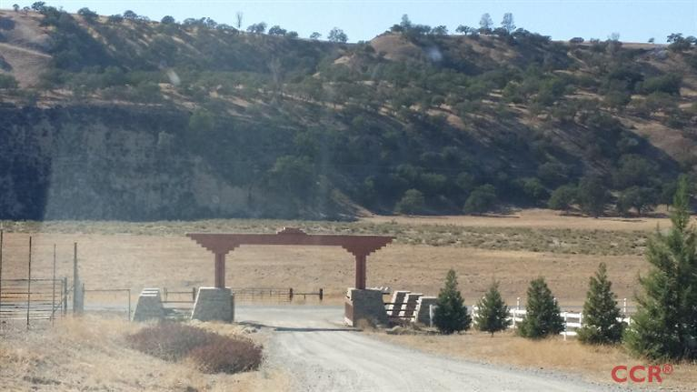 40 acres San Miguel, CA