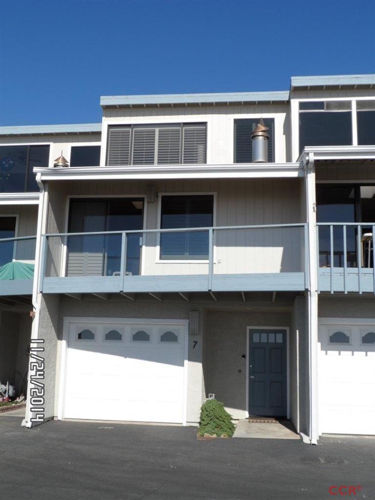 7 Zanzibar Terrace Dr, Morro Bay, CA 93442