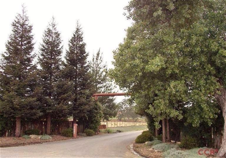 127 acres Creston, CA