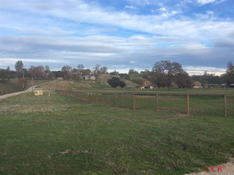 105.73 acres Creston, CA