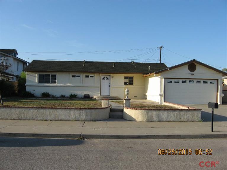 812 Terry Ct, Santa Maria, CA 93455