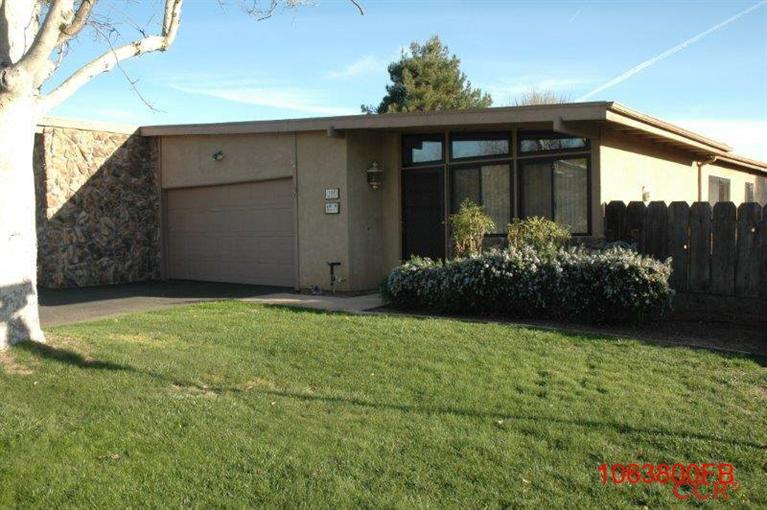 Photo of 504 Brookhill Drive  Paso Robles  CA
