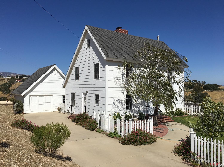Photo of 2725 Calzada Ridge Road  Santa Ynez  CA