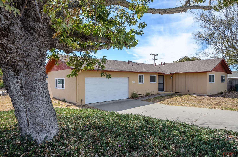 1031 Farroll Ave, Arroyo Grande, CA 93420