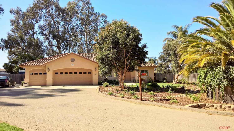 680 Golden Grove Pl, Arroyo Grande, CA 93420