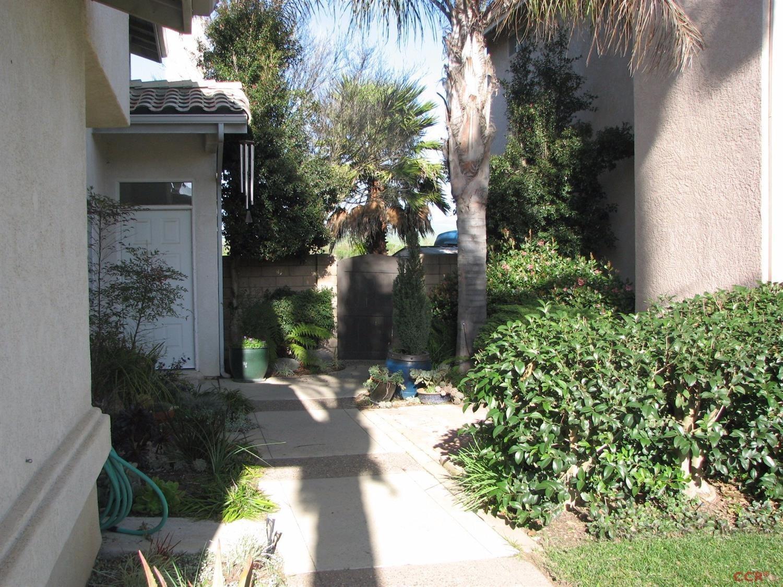 Single Family Residence - Santa Maria, CA (photo 2)