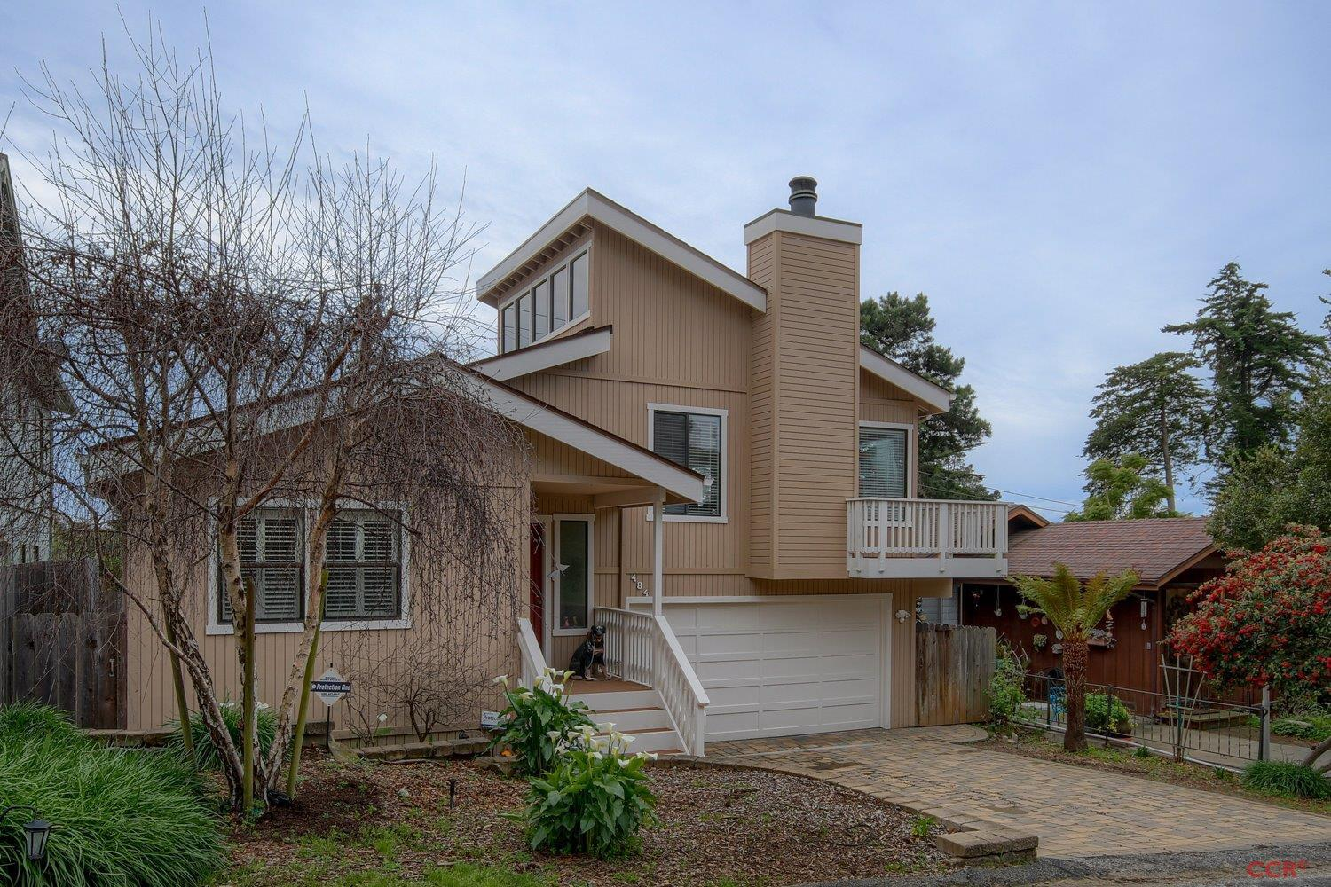 484 Weymouth Street Cambria, CA 93428