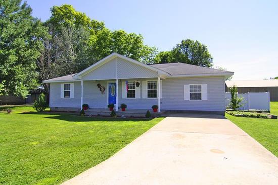 Real Estate for Sale, ListingId: 33405798, Advance,MO63730