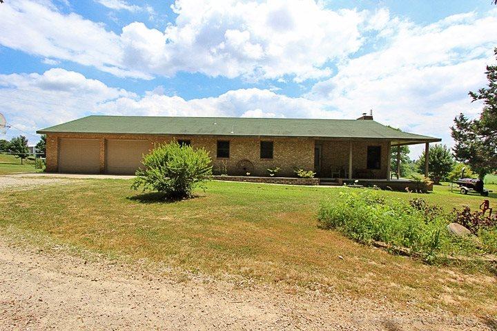 1322 County Road 412, Oak Ridge, MO 63769