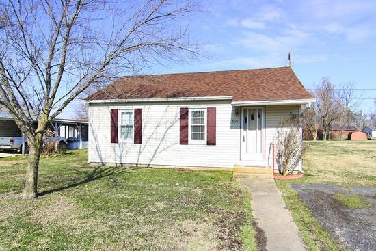 Real Estate for Sale, ListingId: 36953761, Advance,MO63730