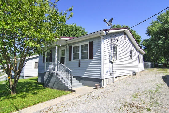 307 Central Ave, Marble Hill, MO 63764