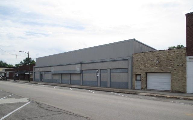 115 N Main St, Chaffee, MO 63740