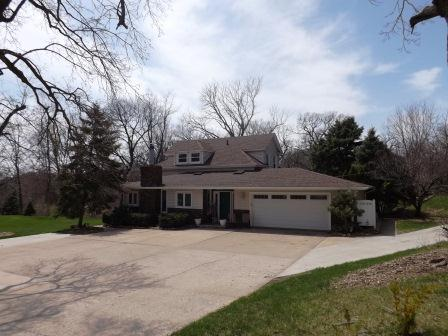 503 Woodland Dr, Clinton, IA 52732