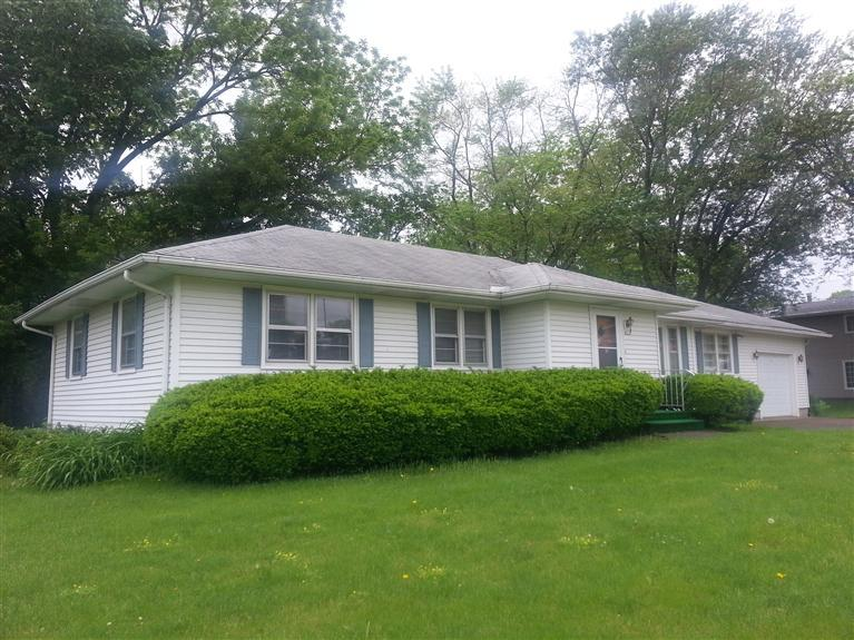 419 14th Ave N, Clinton, IA 52732