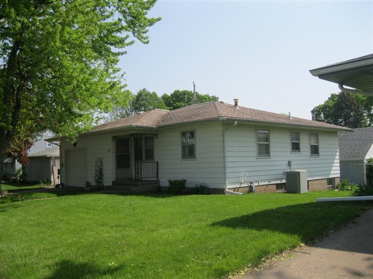 Real Estate for Sale, ListingId: 28226726, Clinton,IA52732