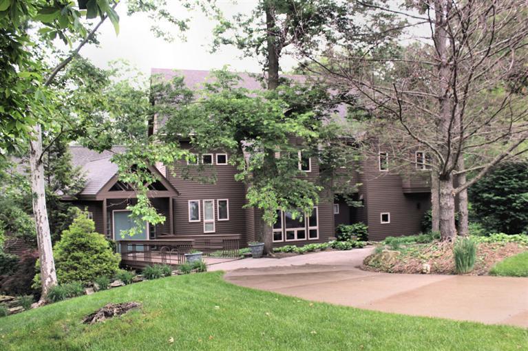 Real Estate for Sale, ListingId: 28854566, Bettendorf,IA52722