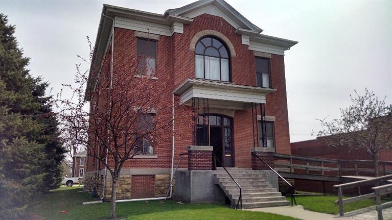 Real Estate for Sale, ListingId: 32815218, Clinton,IA52732