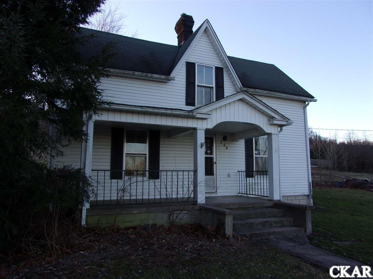 Photo of 230 W Railroad St  Hustonville  KY