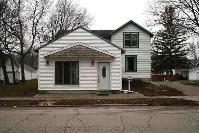 1105 Main Ave, Clear Lake, IA 50428