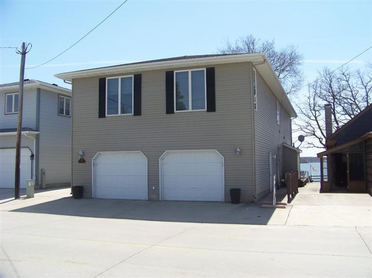 Real Estate for Sale, ListingId: 26385367, Clear Lake,IA50428